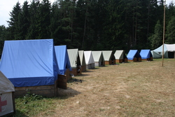 tents_at_scouting_camp_250